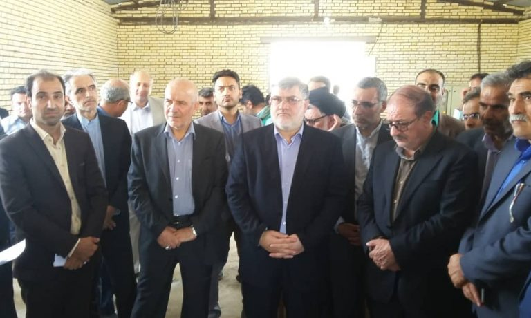 بازدید معاونین وزیر جهاد کشاورزی با حضور استاندار خراسان جنوبی از شرکت کشت و صنعت پیوند خاوران
